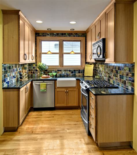 layout for small square kitchen square kitchen layout kitchen small square kitchen