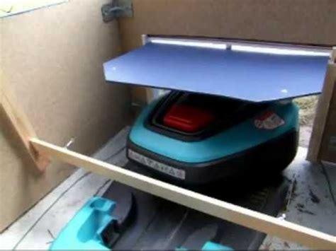 gardena garage gardena r40li mit garage und rolltor how to make do