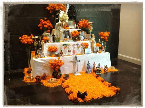 imagenes de como decorar un altar de muertos altar de muertos escuelita de flores galena