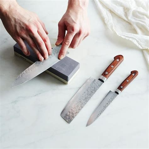sharpening japanese kitchen knives the 25 best japanese sharpening stone ideas on pinterest