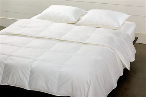 comforter filler duvet filler hypoallergenic bedding basics bedroom