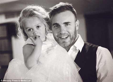 Pictures To Take At Wedding by Gary Barlow Surprises Fans To Belt Out Take That Song At