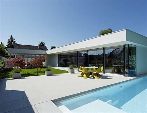 Garage Under House Plans by Habitaci 243 N De Dise 241 O Moderno Con Inusuales Estantes De