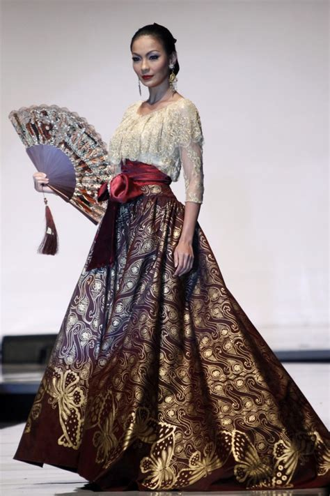Blouse Batik Kb Prada designers show their best at world batik summit daily
