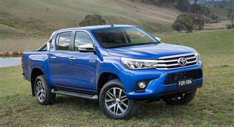 New Toyota Hilux 2016 Toyota Hilux Debuts With New 177hp Diesel 33 Photos