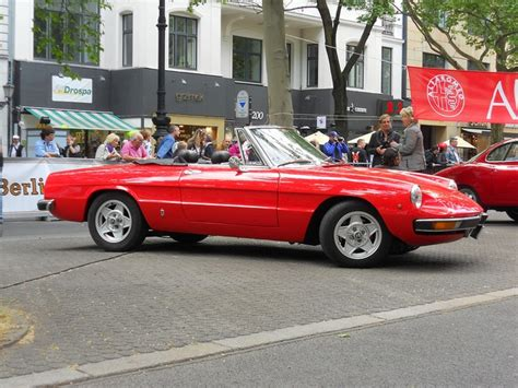 alfa romeo spider 1980 cars