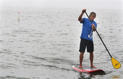 stand up paddleboards gain popularity in toronto toronto