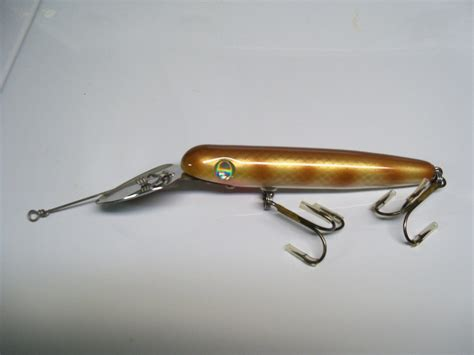Handmade Musky Lures - rock divers handmade thru wire musky lures