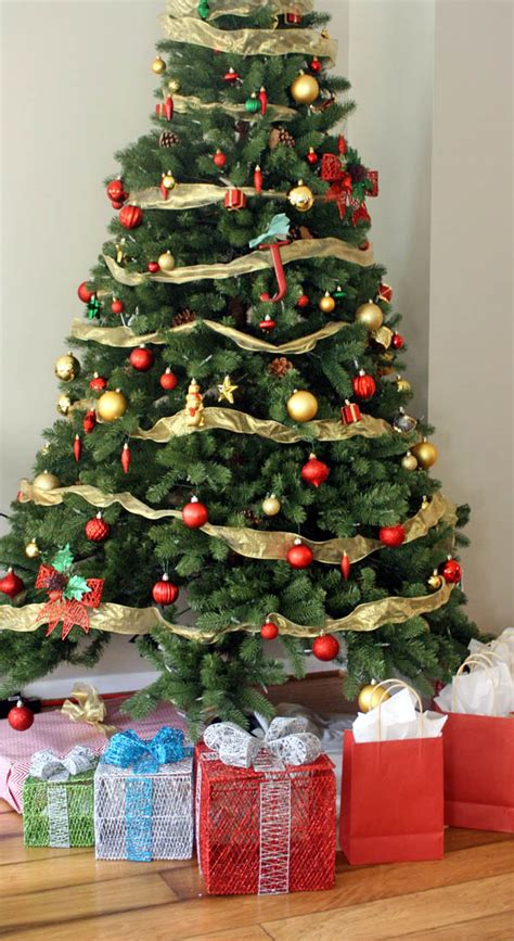 traditional christmas decorations to make decorating ideas a traditional update