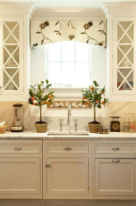 Kitchen Window Cornice 25 Best Window Valances Ideas On