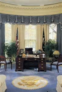 the oval office the oval office during the george h w bush administration architecture the white house