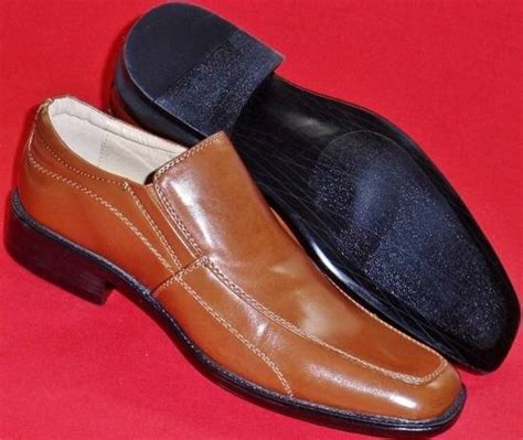 apt 9 loafers new s apt 9 pallen brown leather loafers slip on