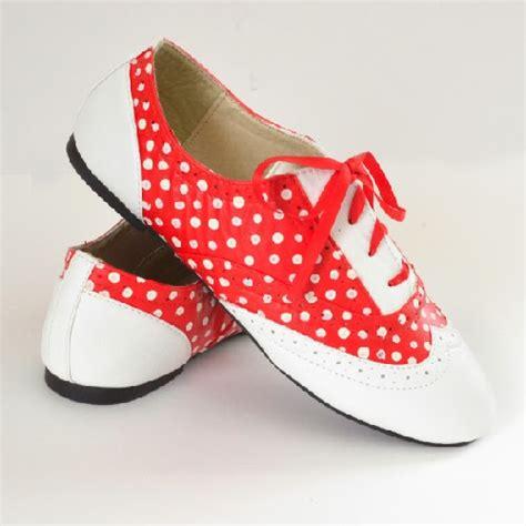 polka dot oxford shoes polka dot oxfords ilovetocreate