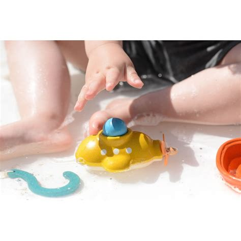bathtub submarine toy bathtub submarine toy plan toys submarine wooden bath toy