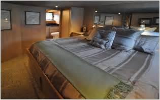 alaskan king size bed endearing best 25 alaskan king bed