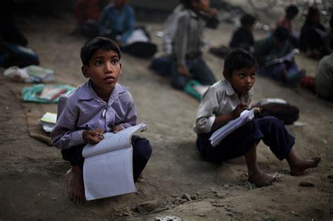 children in indian school feature bridge school offers free education to india s Poor
