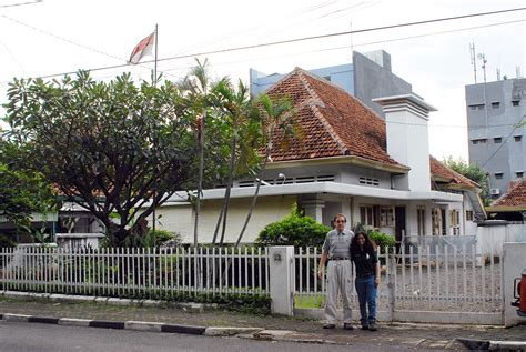 obama house barack hussein obama home and school in jakarta indonesia