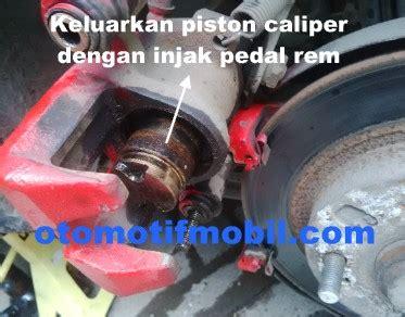 Piringan Disc Depan Untuk Mazda Interplay rem cakram lengket pada roda belakang mobil mazda interplay 323