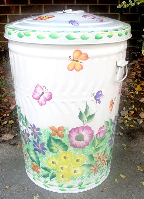 decoupage wastebasket decoupage trash can candiceaccolaspain