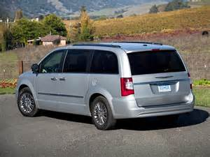 Chrysler Town And Contry 2013 Chrysler Town And Country Price Photos Reviews