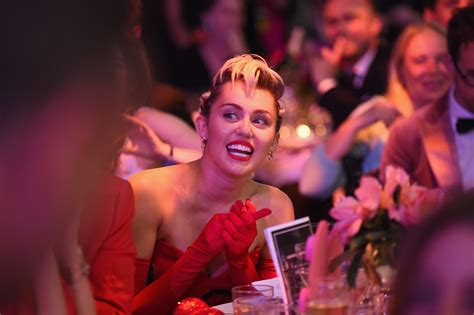 The Vmas Are Here by Miley Cyrus Is Hosting The Mtv Vmas Here Are 4 Reasons