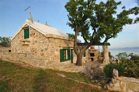 Cottages In Croatia by Cottages Robinson Villas Homes In Central