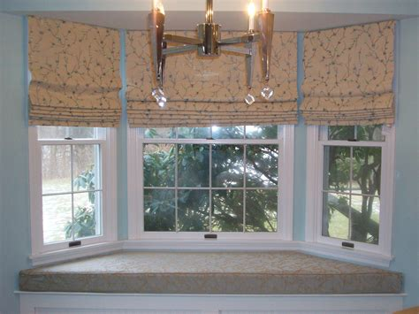 window treatment ideas for bay windows in kitchen kitchen bay window decorating ideas home intuitive