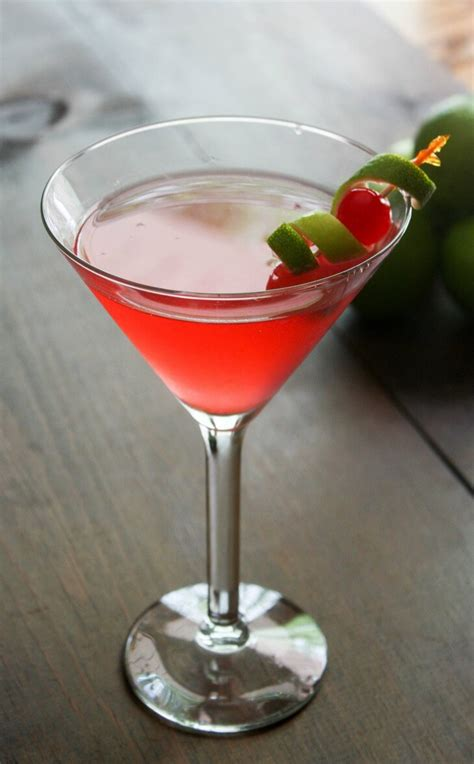 cosmopolitan drink cosmopolitan cocktail recipe daily appetite