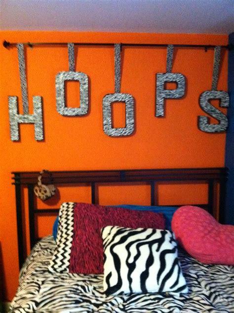 basketball decorations for bedrooms 64 best drew room images on pinterest medal displays