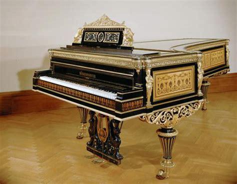 imagenes de instrumentos musicales antiguos neue burg colecci 243 n de instrumentos musicales antiguos