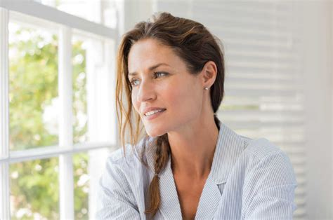 older woman with jowls what would be my best hairstyle how to remove sagging jawline and jowls without surgery