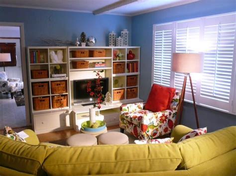 kid friendly family room hgtv kid friendly family room decorate pinterest