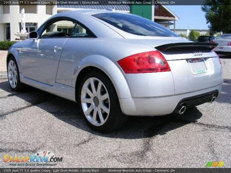 2005 Audi TT 3.2 quattro Coupe Light Silver Metallic / Ebony Black Photo #3 DealerRevs.com