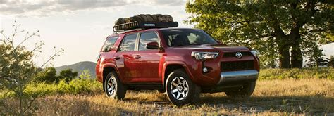 2018 toyota 4runner interior volume and towing capacity