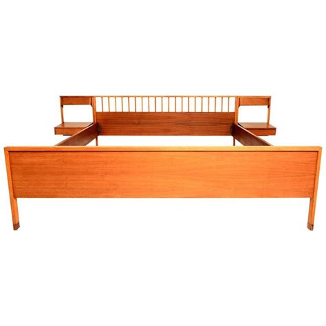 Mid Century Modern Nightstands For Sale by Italian Mid Century Modern Bed With Floating Nightstands