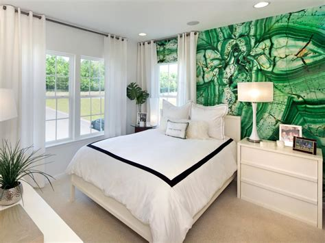 decorating  emerald green green decorating ideas hgtv