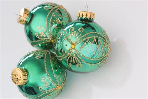 glass ball christmas ornaments photo