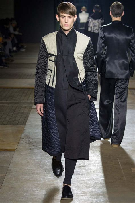 Menswear Chic At Dries Noten Gets A Twist By Wearing The Necktie Like A Harness Its A Snap To Capture The Spirit Without Breaking The Bank Fashiontribes Fashion by 551 Best Dries Noten Images On Fashion