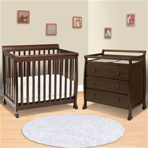 Mini Crib With Changing Table Da Vinci 2 Nursery Set Kalani Mini Crib And 3 Drawer Changing Table In Espresso Free