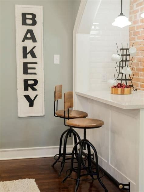 chip and joanna gaines restaurant best 25 bakery sign ideas on pinterest pantry sign