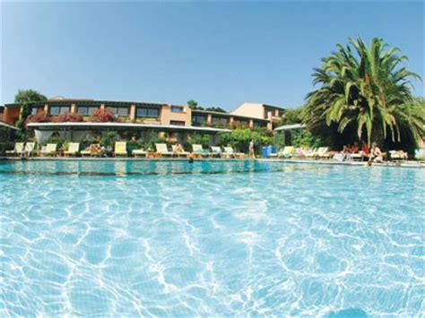 hotel spa porto vecchio s 233 jour d 233 tente et soins bien 234 tre h 244 tel et spa le roi