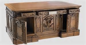 oval office desk replica american president s resolute desk