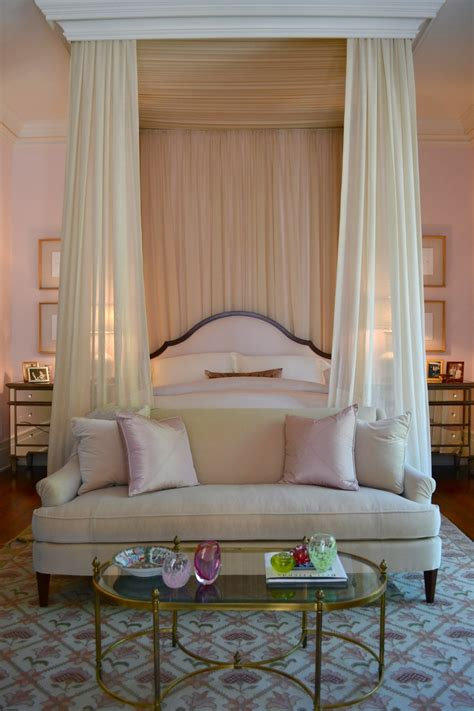 curtain over bed 15 canopy beds that will convince you to get one