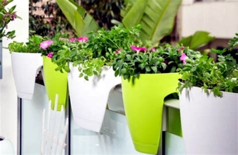 Decorate Small Apartment create creative ideas including the small balcony garden