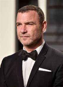 Vanity Fair Movie Review Liev Schreiber With Minnie Driver S Sister Kate At