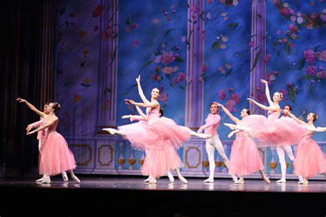 Nationwide Audition Call For Moscow Ballet! | Moscow Ballet