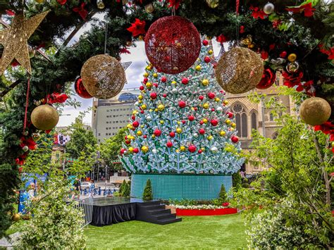 find your joy 24 lighted holiday bow things to do with your family at city of melbourne what s on