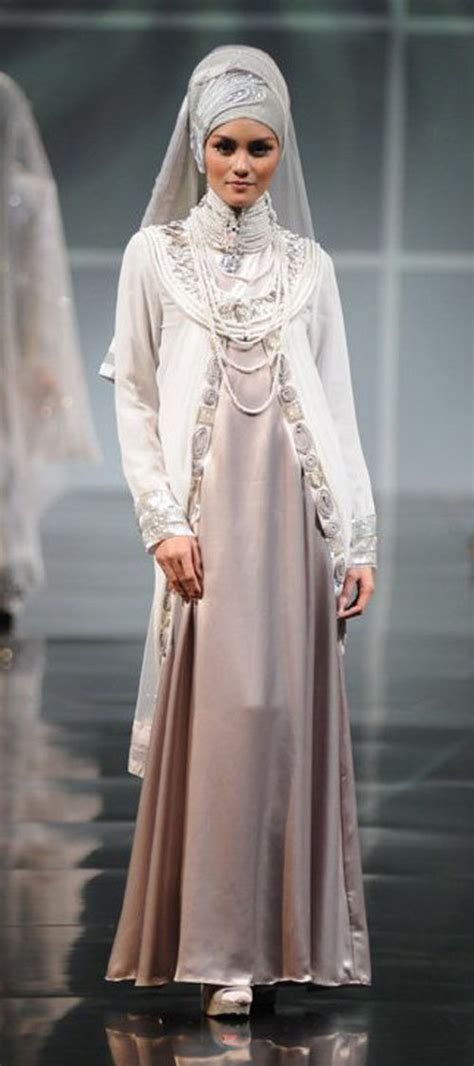 Islamic Cloth Islam The World fashion muslim world march 2011