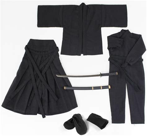 samurai clothing