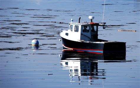 lobster boat seafood on the water free lobster boat 3 stock photo freeimages